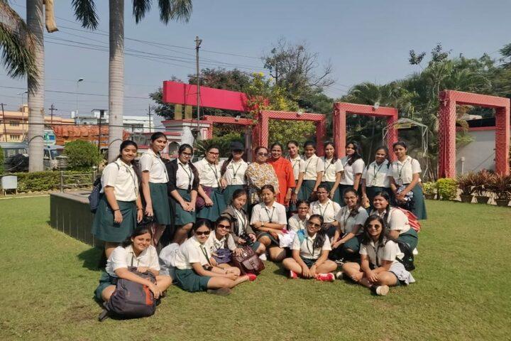Pratt Memorial School-Trip