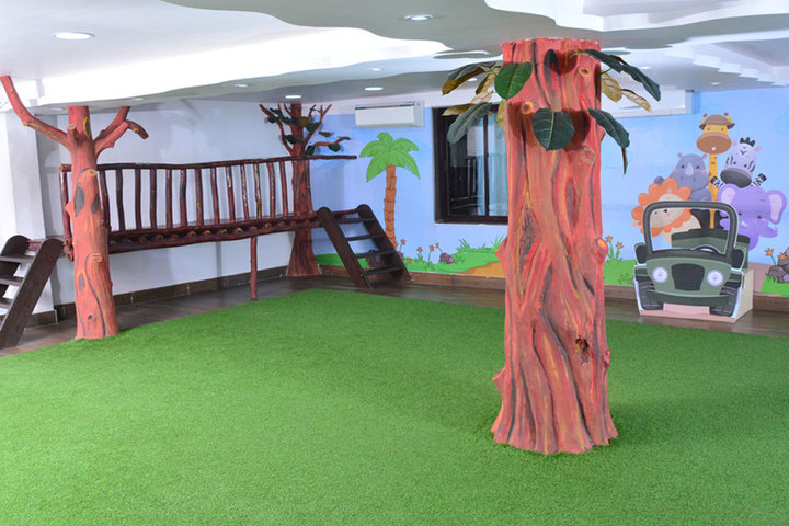 Saifee Golden Jubliee English Public School-Play Area