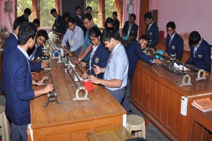 Mansur Habibullah Memorial School-Physics Lab