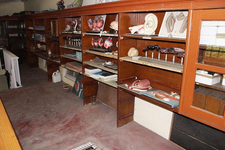 Loreto Convent School-Biology Lab