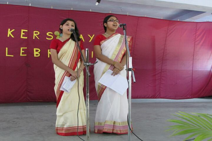 Holy Child School-Singing
