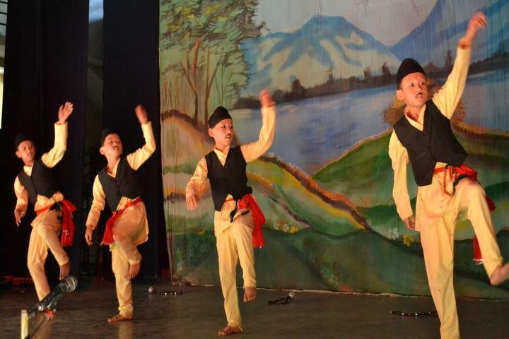 St Augustines School-Dance