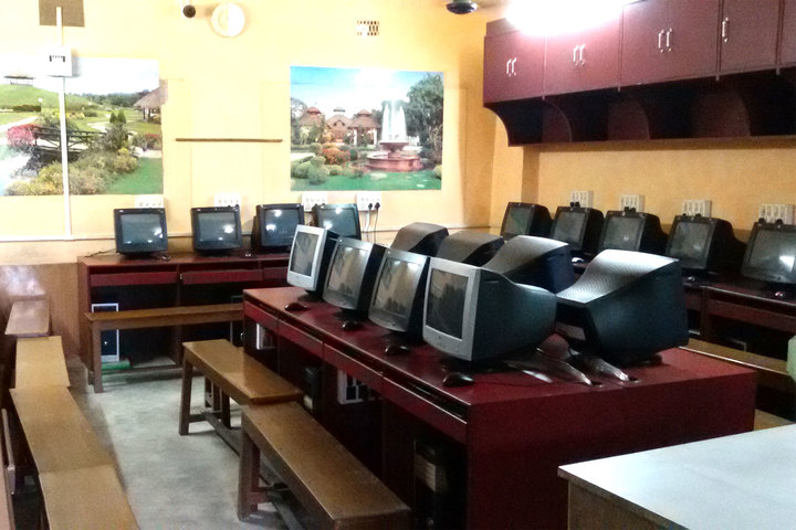 South End Centre School English Medium School-Computer Lab