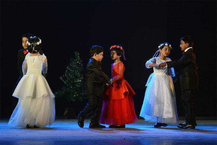 South End Centre School English Medium School-Dance