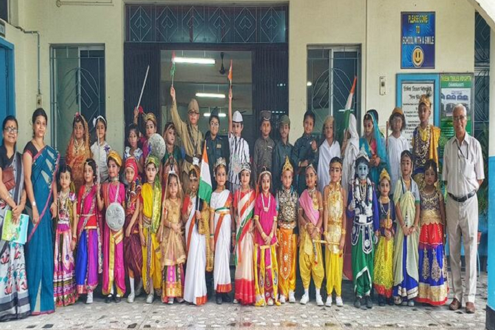 Tribeni Tissues Vidyapith-Fancy Dress