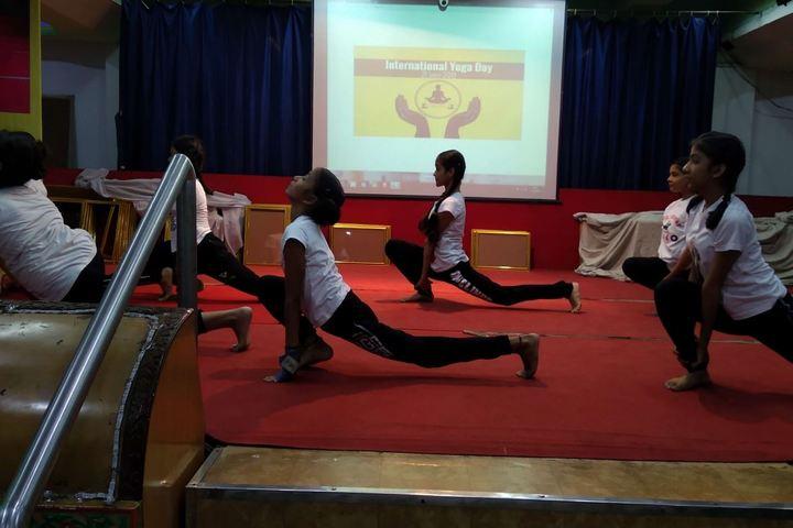 Agrasain Balika Siksha Sadan-Yoga