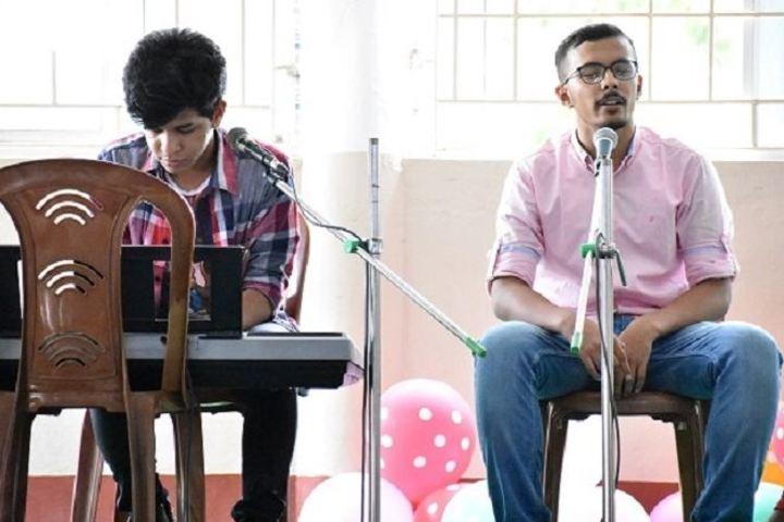 St Denis School-Singing