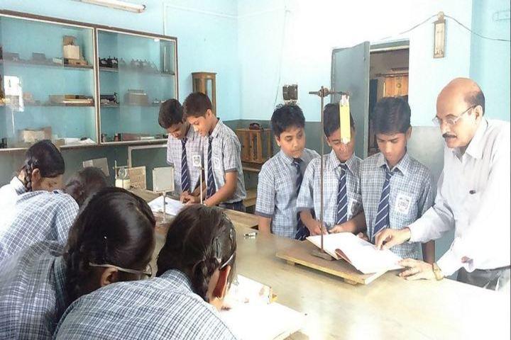 St Dominic Savio School-Laboratory