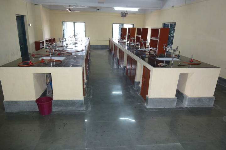 Holy Cross School-Chemistry Lab