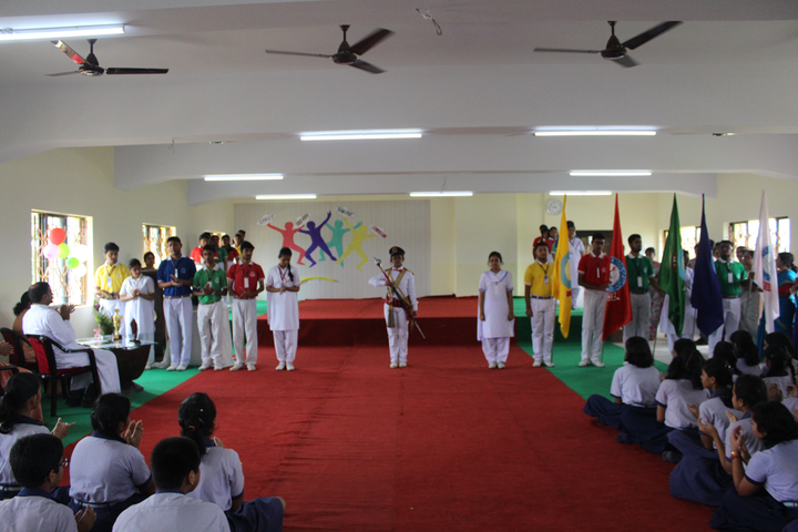 Holy Cross School-Investiture Ceremony