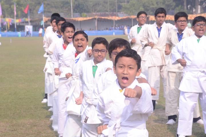 Modern English Academy-Karate Activity