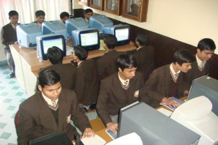 Modern English School-Computer Lab