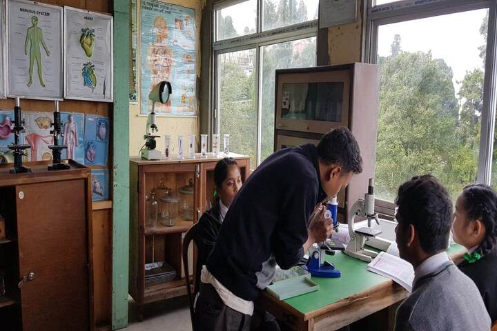 Camellia School-Biology Lab