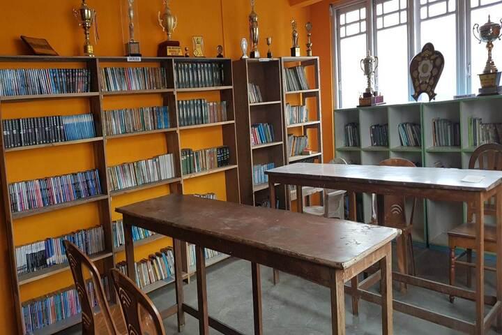 Camellia School-School Library