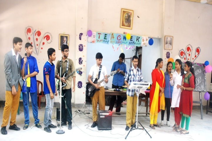 Maharishi Vidya Mandir-Music