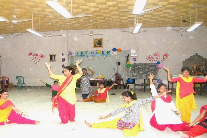 Maharishi Vidya Mandir-Teachers Day Celebration