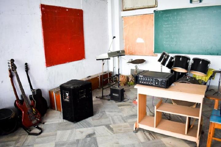 Disari Public School-Music Room