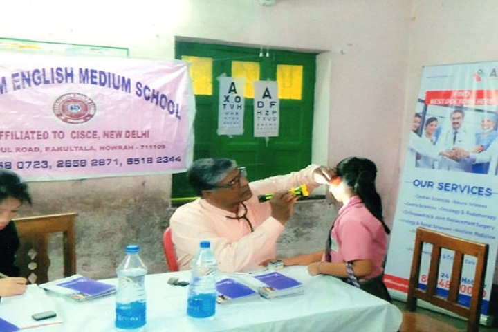 Lyceum English Medium School-Medical camp