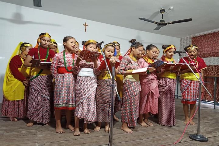 Alphonsa School-Singing