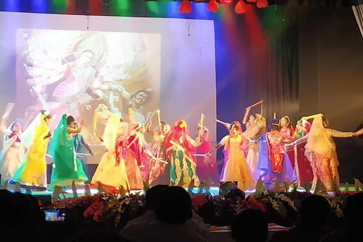 Abbot Shishu Hall-Group dances
