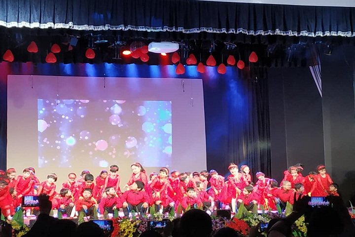Abbot Shishu Hall-Nursery students dances