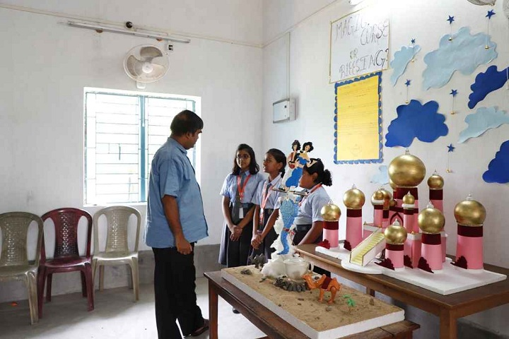 Burdwan Holy Child School-Sciences exhibition