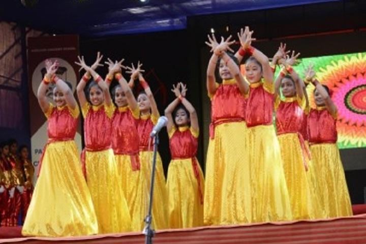 Auxilium Convent School-Dance