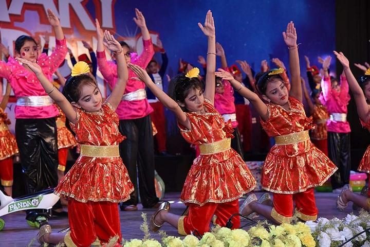South City International School-Nursery Students Dances