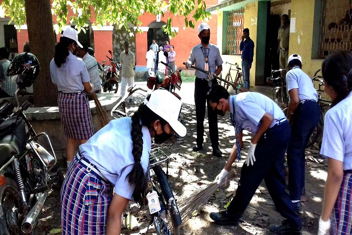 Tamralipta Public School-Cleaning The Campus