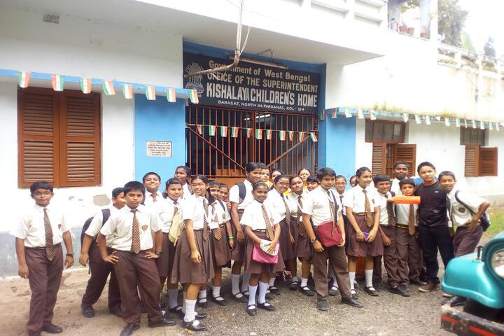 Julien Day School-Education Tour