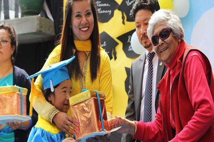 Paramount School-Graduation Day