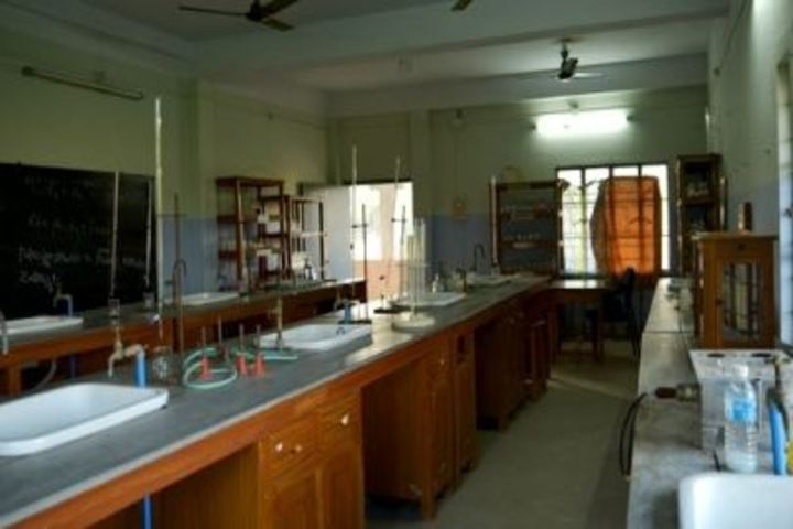 Bharat Academy and Sciences-Chemistry Lab