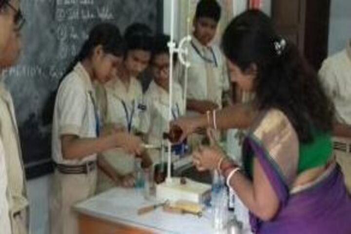 Howard Memorial School-Chemistry Lab