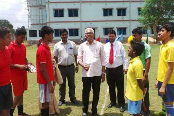 Familia School-Sports Meet