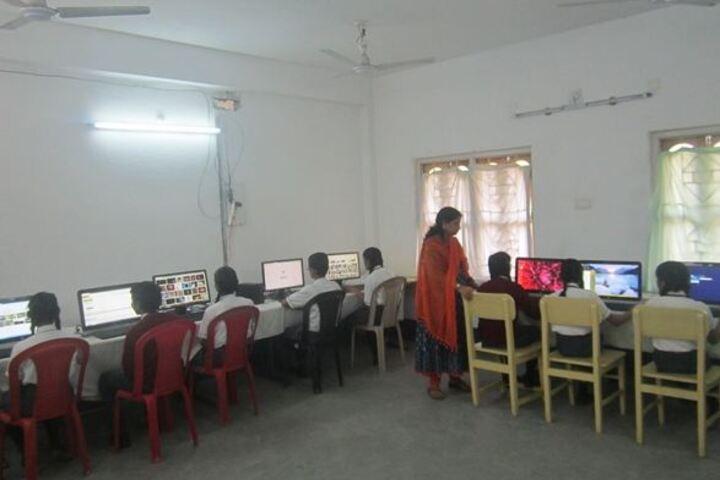 Ideal Mission School-Computer Lab