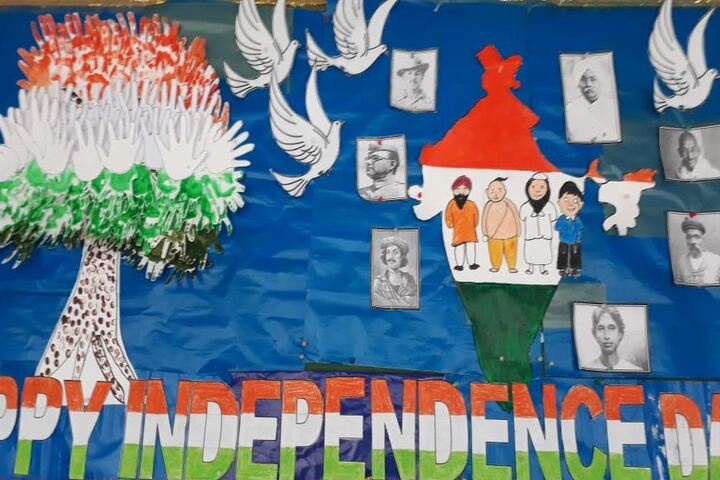 Ideal Mission School-Posters Making on Independence Day