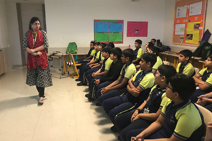 Mainadevi Bajaj International School-Conference Room