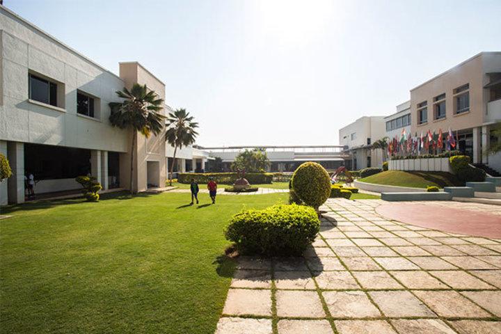 Mahindra International School-Garden