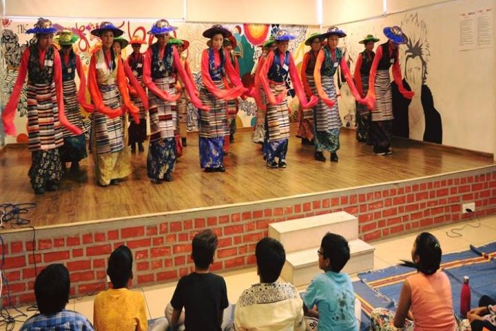 Mahatma Gandhi International School-Dance