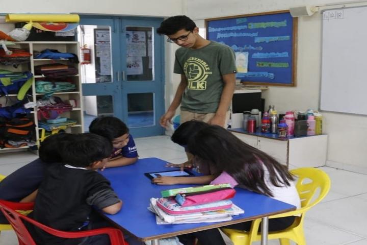 Mahatma Gandhi International School-classroom