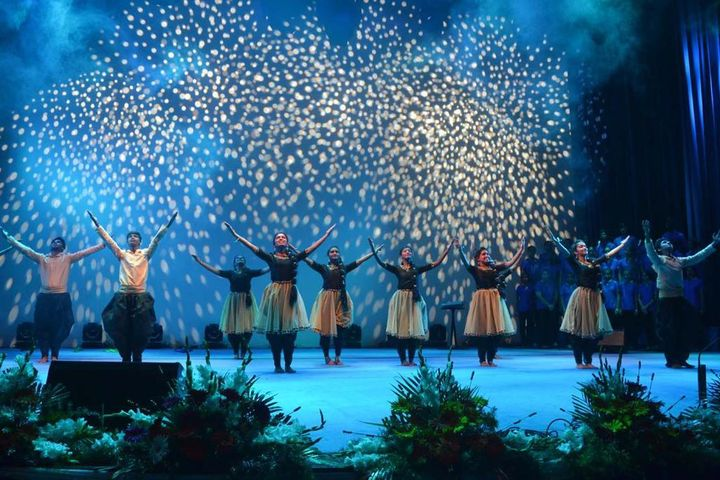 Christ Junior College-Dance