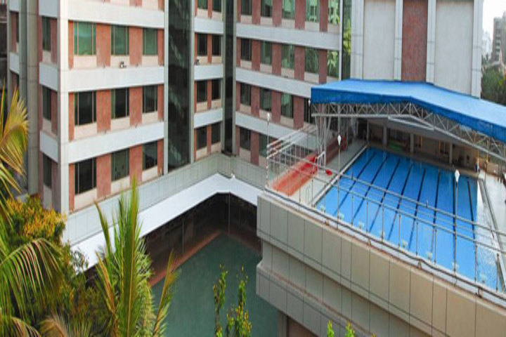 Ecole Mondiale World School - Campus Overview