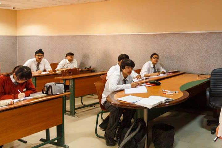 G D Goenka World School-Class Room