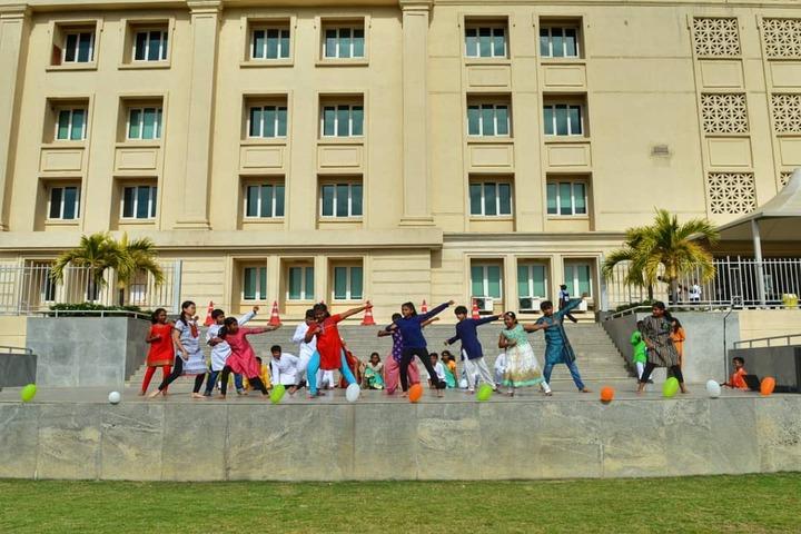 Hiranandani Upscale School-Dance