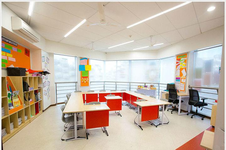 Jamnabai Narsee International School-School Library