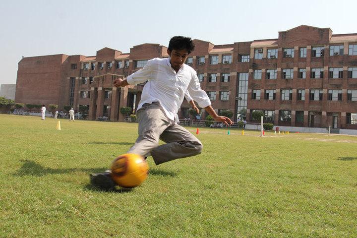 Amity Global School-Football
