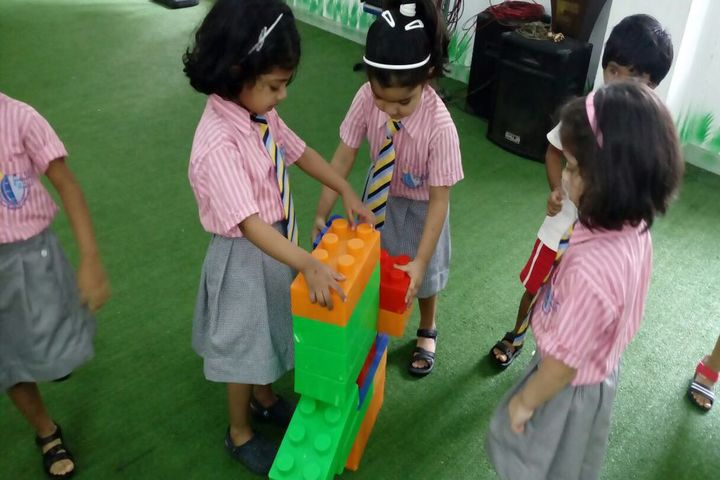 NES International School-Play and learn