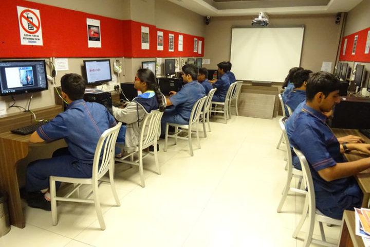 Hill Spring International School-Computer Lab