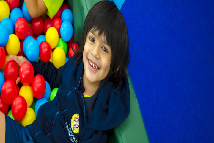 Oberoi International School-Kids