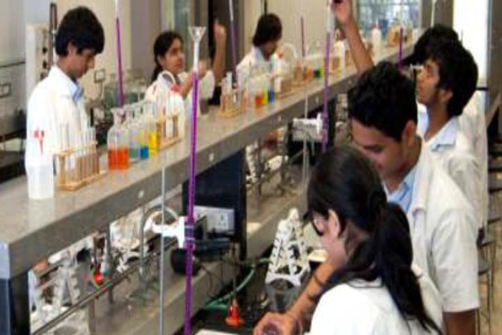 SVKM International School-Chemistry Lab